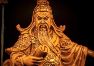บูชาเทพเจ้ากวนอู อย่างไรให้ชีวิตปังไม่มีสะดุด