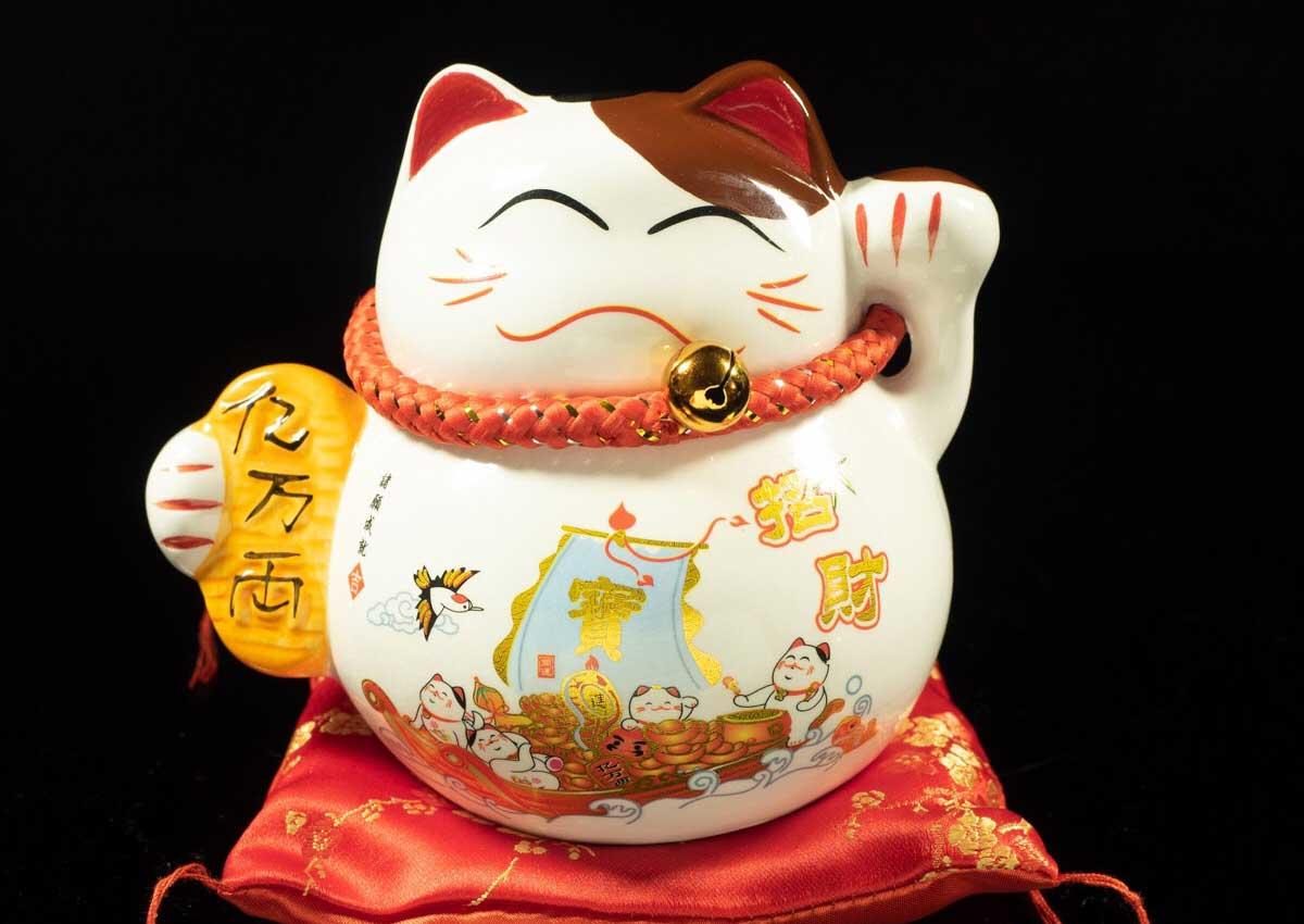 แมวกวัก มาเนกิ เนโกะ มุ้งมิ้งเรียกทรัพย์เสริมฮวงจุ้ย