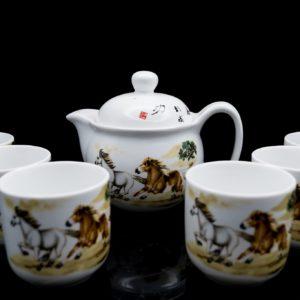 ชุดกาน้ำชาจีน กานํ้าชา สูง12ซม กว้าง15ซม ถ้วยชา มี6ใบ ขนาด สูง6ซม กว้าง6ซม