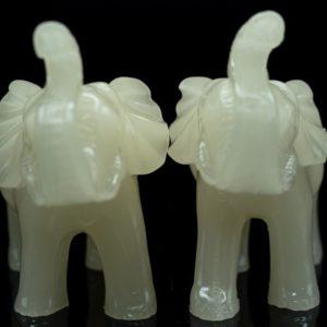 ช้างเรซิ่น สีขาว 1คู่ ขนาด สูง10กว้าง11ลึก5ซม.ele001