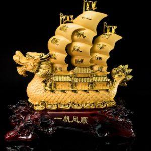 เรือหัวมังกรใหญ่ ขนาด สูง33 ซม กว้าง28ซม ลึก12ซม