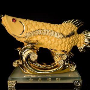 ปลามังกร  ขนาด  สูง 16ซม กว้าง 16 ซม ลึก 9 ซม ตัวปลา กว้าง21ซม
