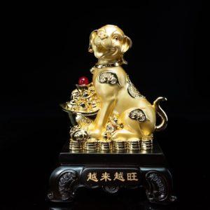 สุนัขมงคลก้อนทอง ขนาด สูง28ซม กว้าง19ซม ลึก14ซม
